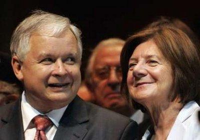 Tổng thống Ba Lan Lech Kaczynski và phu nhân Maria. Nguồn: AP