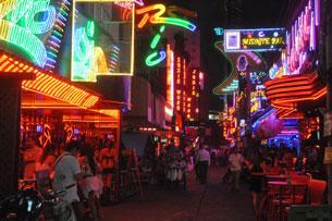 AFP -  Một khu đèn đỏ ở Bangkok, Thái Lan. Ảnh chụp trước đây.