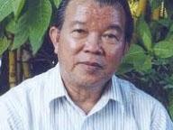 Giáo sư - Tiến sĩ, Nhà giáo Nhân dân Võ Tòng Xuân là nhà khoa học thuộc lĩnh vực nông nghiệp, đặc biệt là ngành trồng lúa. Ông được tặng nhiều giải thưởng cao quý trên thế giới, được phong tặng danh hiệu Anh hùng Lao động. Ông có nhiều đóng góp cho trong việc nghiên cứu cây lúa ở ĐBSCLcũng như trong sự nghiệp giáo dục tại vùng này. Ông sinh năm 1940 tại Ba Chúc, Tri Tôn, An Giang, nguyên Hiệu trưởng ĐH An Giang.