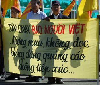 Kêu gọi tẩy chay báo Người Việt