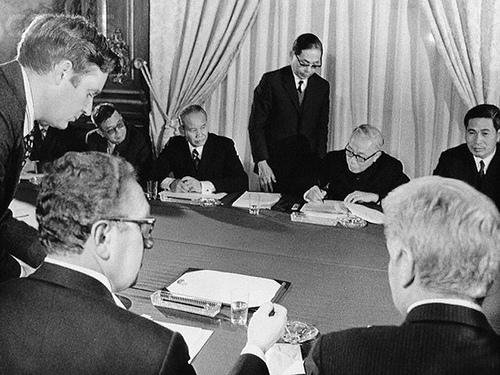 Hội nghị Paris, 23/1/1973. Ảnh Bettmann/CORBIS