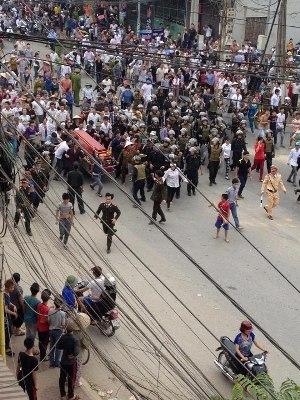 Hàng ngàn người đã xuống đường ở Vĩnh Phúc để đòi công lý cho nạn nhân