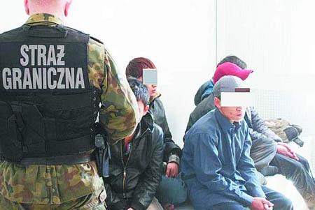Người Việt bị bắt trong 1 lần vượt biên vào Ba Lan