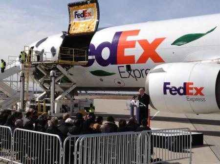 Chiếc máy bay chở Panda
