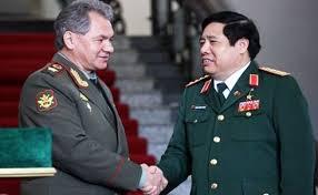 Đại tướng Phùng Quang Thanh tiếp Bộ trưởng Quốc phòng Nga Sergei Shoigu. Ảnh CAND