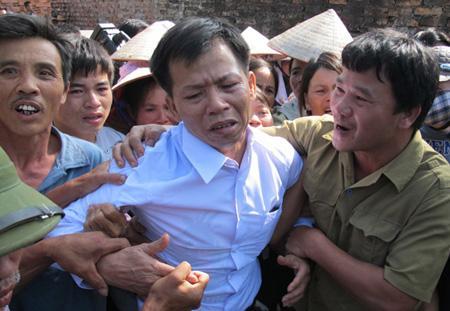 Ông Nguyễn Thanh Chấn trở về sau 10 năm ngồi tù