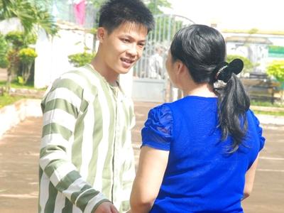 Phạm nhân Nguyễn Minh Quang và bà Nguyễn Kim Oanh. Ảnh:Trọng Thịnh