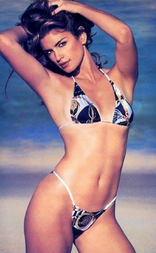 Vẻ đẹp ngày nay: Người mẫu Cindy Crawford
