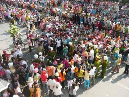 Gần 20 ngàn công nhân Cty Linh Trung 1 đình công.