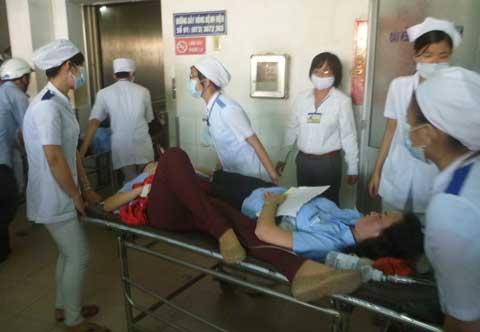 1200 công nhân công ty Wondo Vina bị ngộ độc thức ăn.