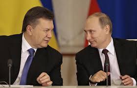 Putin và Yanukovych. Ảnh www.csmonitor.com