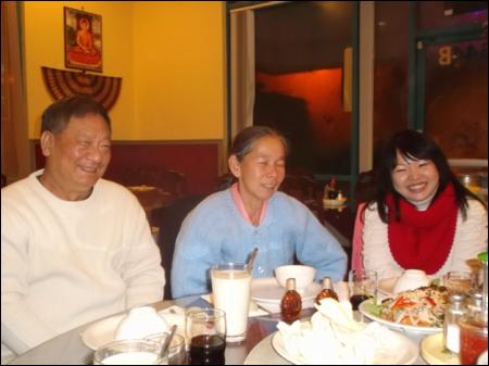 Ông Hồ Văn Khởi – Bà Nguyễn Thị Kim Liên - Luật sư Quỳnh Vi