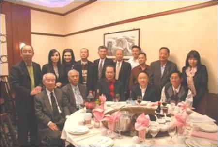 Ông Trần văn Huỳnh và các thân hữu ở San Jose