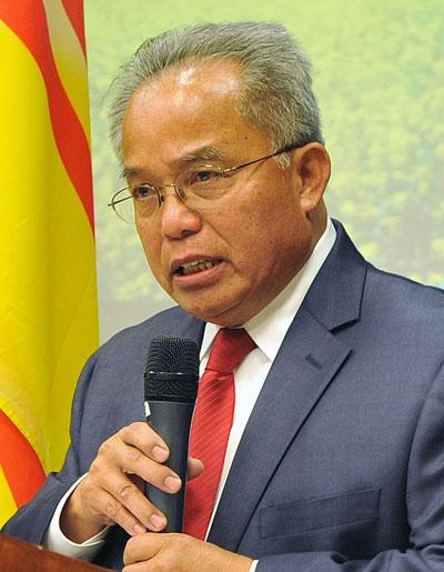 Thẩm phán Phan Quang Tuệ (Hình: Dân Huỳnh/Người Việt)
