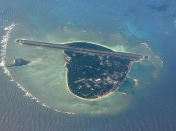Ảnh chụp từ vệ tinh đảo Phú Lâm thuộc quần đảo Trường Sa hiện do Trung Quốc chiếm giữ (DR)