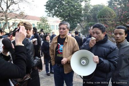 TS Nguyễn Quang A tại buổi tưởng niệm sáng nay