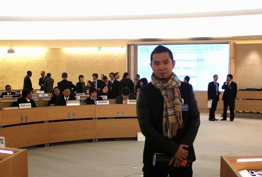 Bùi Tuấn Lâm tại phiên điều trần UPR (nguồn Dân Làm Báo)
