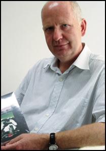 Tiến sĩ Sử học Peter Knost (www.vipen.de ). Pho to của Thomas Vollker