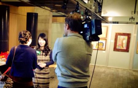 Nguyễn Thái Linh trả lời phỏng vấn của truyền hình Ba Lan TVP