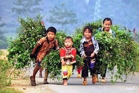 Tre-em-Vung-cao-Ha-Giang-2