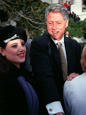 Monica Levinski và Bill Clinton. Ảnh People.com