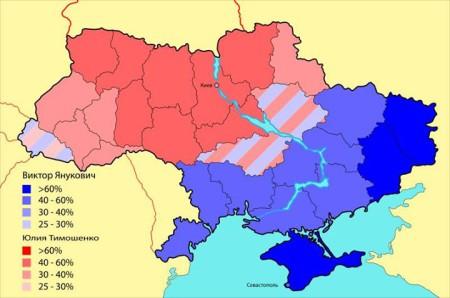 (Chú thích: Màu xanh là vùng bầu cho Yanukovich, màu hồng là cho Timoshenko)