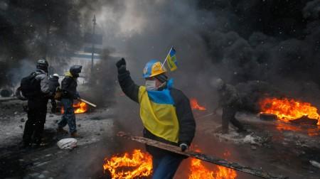 Ucraina rơi vào hỗn loạn. Ảnh mashable.com