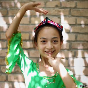 Người Uighur thuộc nhóm Âu Á và có nền văn hóa lâu đời. Photo Getty