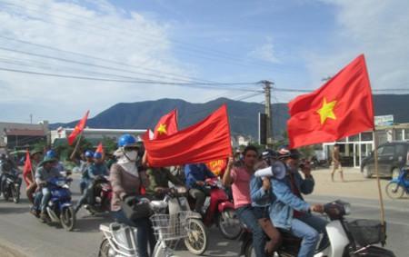 Việt Tân đã lãnh đạo cuộc bạo loạn với 20 ngàn người tham gia?