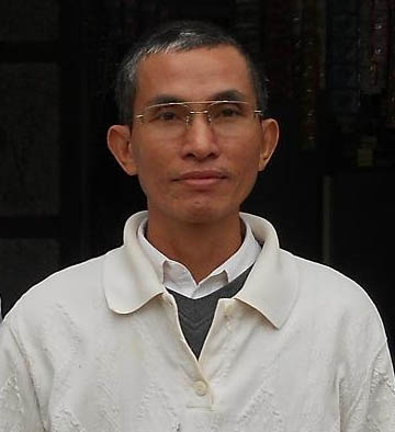 Nhà văn Huỳnh Ngọc Tuấn.