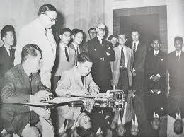 Tạ Quang Bửu ký hiệp định Geneve