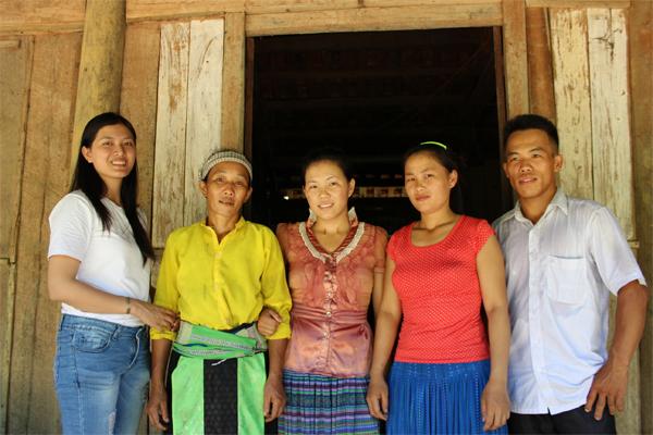 Gia đình ông Lý Văn Dinh