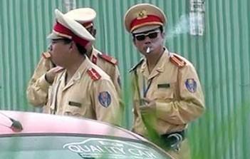 Vietnamese-police