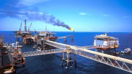 Theo đề nghị của Việt Nam, tập đoàn dầu khí Ấn Độ OVL đồng ý thăm dò thêm hai lô dầu khí ở Biển Đông (DR)