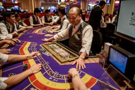 Cảnh bài bạc ở Macau. Ảnh online.wsj.com