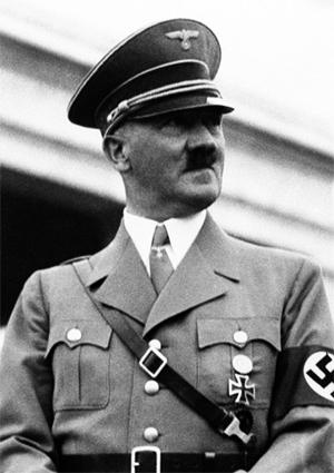Adolf Hitler (Đức) Số người chết từ 17 đến 20 triệu Năm nắm quyền: 11 (1.934-1945) Tội phạm tàn ác nhất: Holocaust Loại chế độ: phát xít Nguyên nhân của cái chết: Tự sát