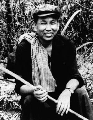 Pol Pot (Campuchia) Số người chết 1,7-2,4 triệu Năm nắm quyền: 4 (năm 1975-1979) Các tội phạm tàn ác nhất: nạn diệt chủng ở Cam-pu-chia Loại chế độ: cộng sản Nguyên nhân của cái chết: bệnh tim