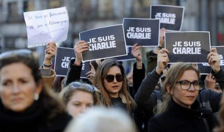 Hơn 3 triệu người Pháp đã xuống đường bày tỏ tình đoàn kết chống khủng bố. Ảnh www.express.co.uk