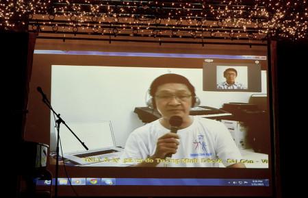 Nhà báo Trương Minh Đức, một tiếng hát từ VN đóng góp trong chương trình.