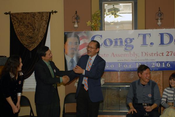 Ls Nguyễn Tâm, nghị viên Khu vực 7 hứa ủng hộ Ứng cử viên Đỗ Thành Công