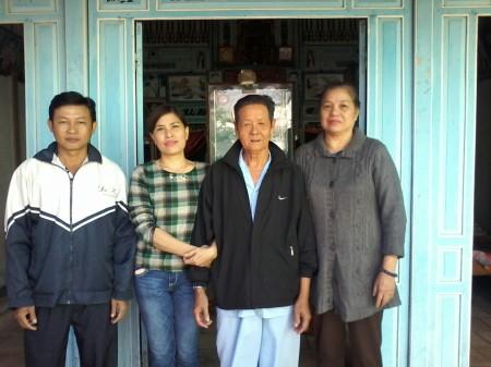 Dương Thị Tròn, 523/2 ấp Hòa Tân, xã Tân Hòa, Lai Vung, Đồng Tháp. Con: Nguyễn Trầm Ngân 0939 398 389. Chồng là TNLT Nguyễn Văn Thơ.