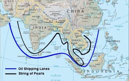 Đường biển phía Nam và Chuỗi Ngọc Trai