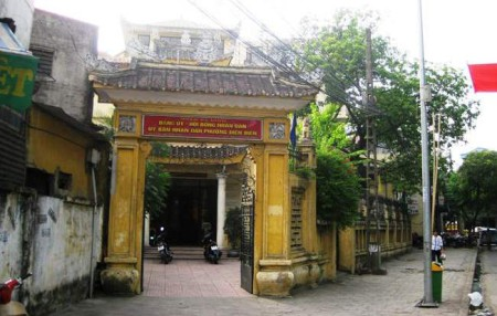 Trụ sở UBND phường Điện Biên - nơi xảy ra việc.
