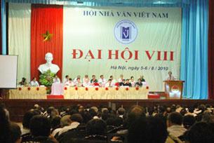 dai-hoi-nha-van-vn-305