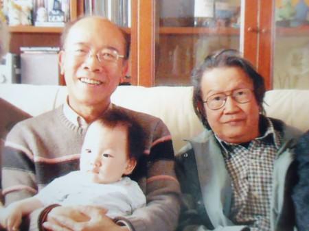Tác giả của Luận Cương là ông Nguyễn Gia Kiểng (bên trái). Ảnh P. Đ. T