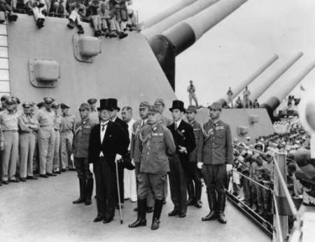 Phái đoàn Nhật Bản trên boong tàu Michouri