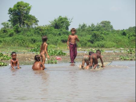 Hồ nay thành Vũng. Ảnh tư liệu của MIRO, chụp vào mùa nước cạn năm 2015