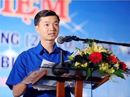Nguyễn Minh Triết, con trai thủ tướng Dũng, sinh năm 1990 nhưng đã làm to