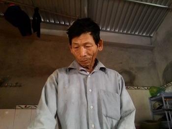 """""""Liệt sỹ"""" Nguyễn Chánh Nhường trở về sau 40 năm báo tử. Ảnh và chú thích: Lao Động"""