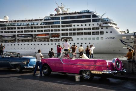 Từ 50 năm qua mới có một tàu du lịch đầu tiên của Mỹ, chở khách từ Miami đến Havana ngày 2 tháng 5 (Ảnh Adalberto Roque/Agence France-Presse via Getty Images)